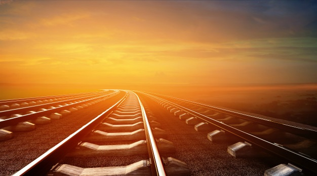 Treinspoor zonsondergang